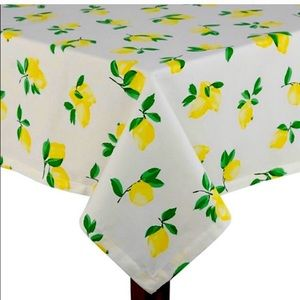 ❗️Sale❗️NWT Kate Spade Lemonade 🍋 Tablecloth